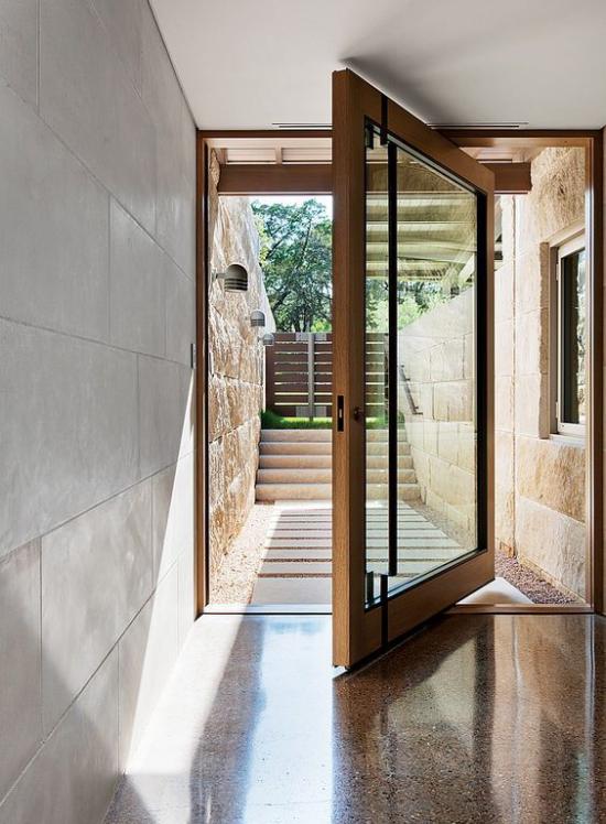 Drehtüren fürs Zuhause im Erdgeschoss Übergang zum Garten aus Glas viel Licht durchlassen