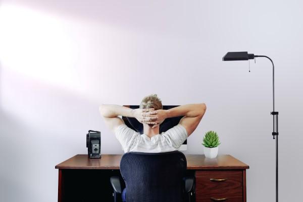 Ein Heimbüro einrichten, um Ihre Produktivität zu optimieren büro produktiv