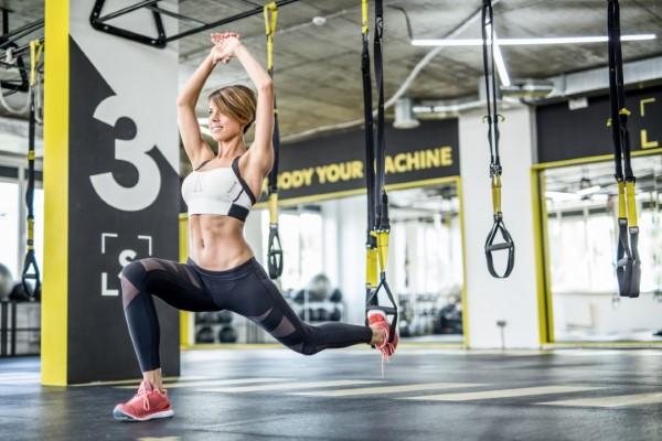 Exercices d'entraînement pour tout le corps pour les exercices athlétiques de remise en forme à domicile à la maison