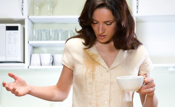 Kaffeeflecken Bluse reinigen