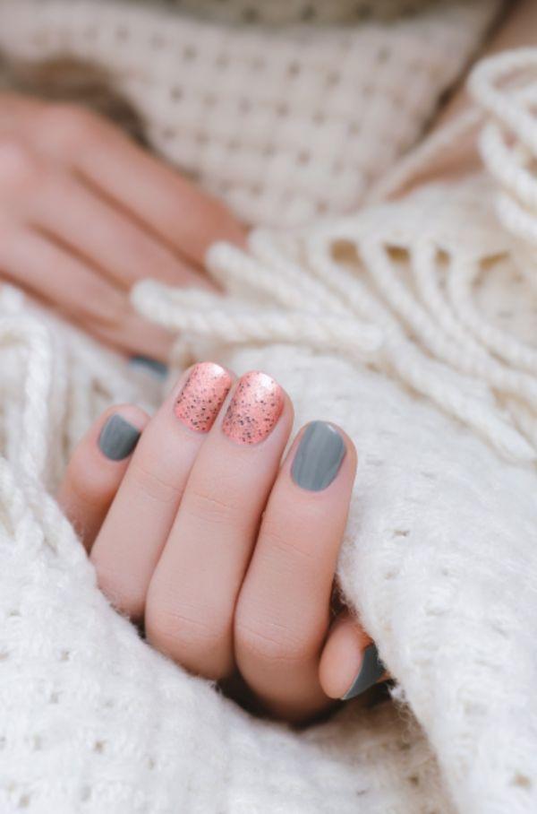 Lila Blau Herbstnägel Wolle