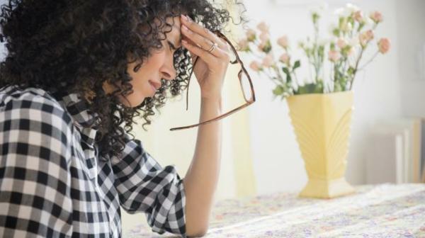 Migräne und Kopfschmerzen lindern Behandlung