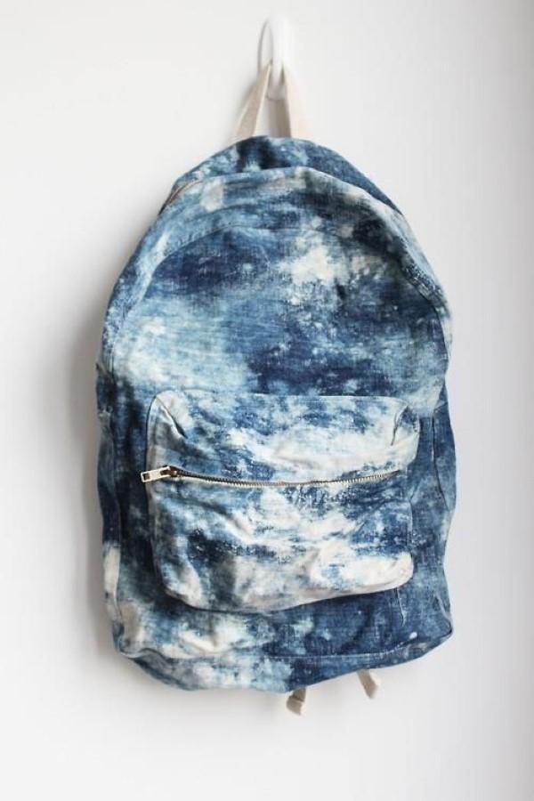 Schultaschen für Teenager selber gestalten – kreative Ideen und einfache Anleitungen bleichtechnik denim