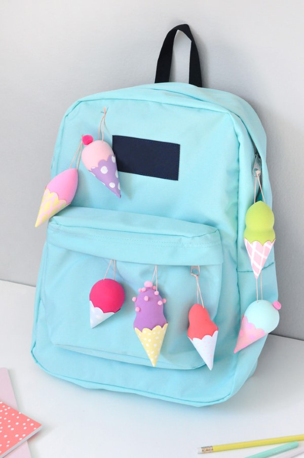 Schultaschen für Teenager selber gestalten – kreative Ideen und einfache Anleitungen eiscreme blau diy