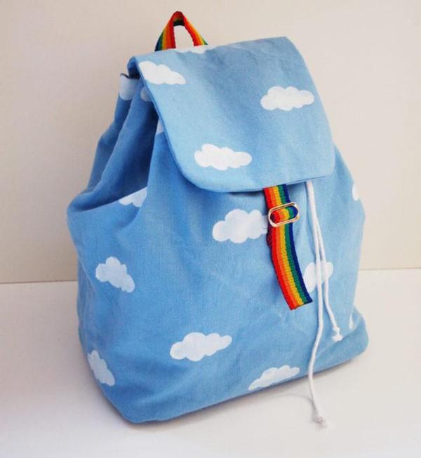 Schultaschen für Teenager selber gestalten – kreative Ideen und einfache Anleitungen wolken malen regenbogen