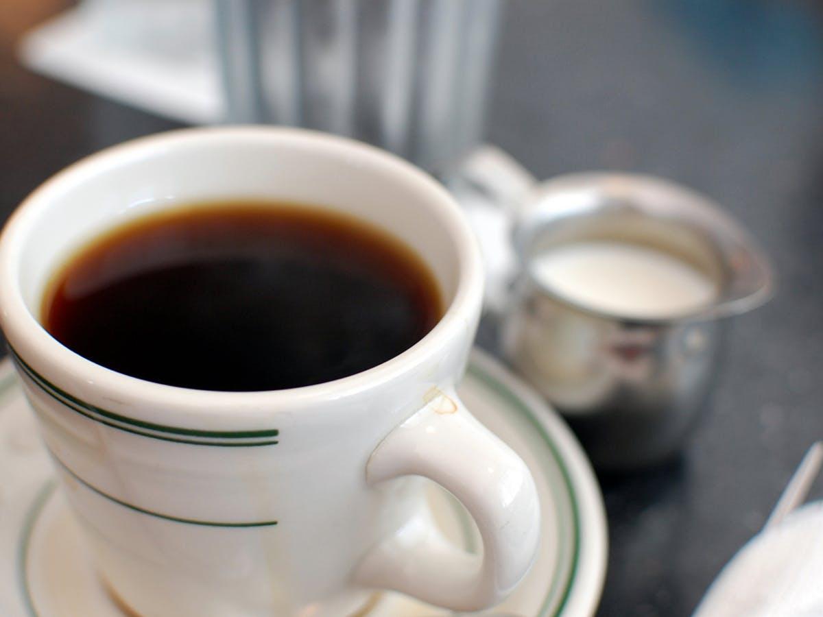 Schwarzer kaffee - toll für Gicht