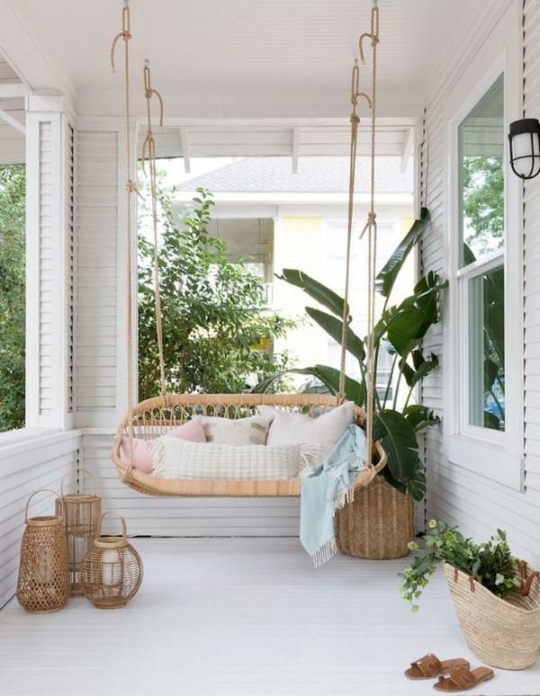 Sommer-Deko für den Eingangsbereich – hilfreiche Tipps und kreative Ideen schaukelsessel gemütlich