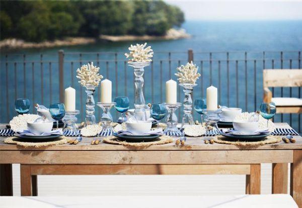 Sommer-Tischdeko am Meer