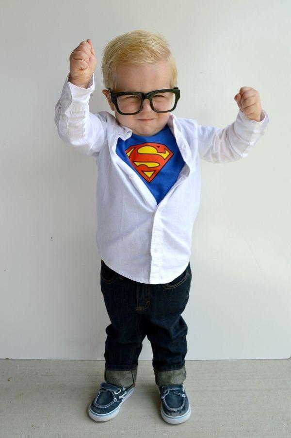 Super Kindheitshelden Ideen für Ihre nächste Kostümparty clark kent superman kostüm