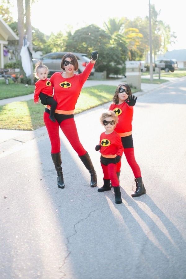 Σούπερ ιδέες παιδικών ηρώων για το επόμενο πάρτι κοστουμιών η απίστευτη οικογενειακή φωτογραφία