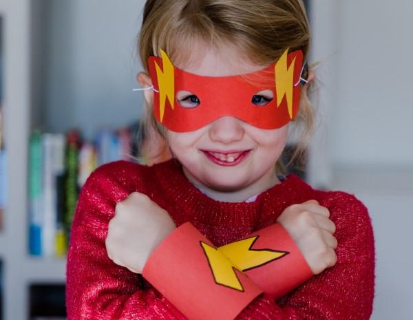 Σούπερ ιδέες παιδικών ηρώων για το επόμενο πάρτι κοστουμιών σας flasch ideen κοστούμια παιδιών