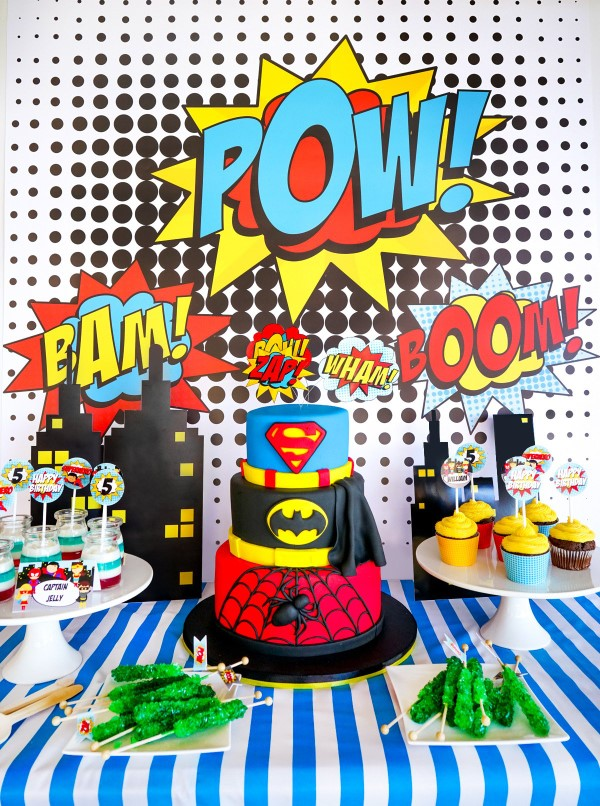Ιδέες για σούπερ παιδικούς ήρωες για το επόμενο πάρτι κοστουμιού σουπερ -ήρωα μπουφέ