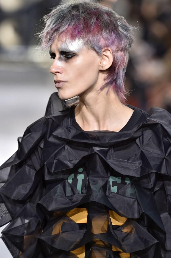 Vokuhila Frisur – die Retro Frisur bleibt auch 2021 hoch im Trend edgy punk looks