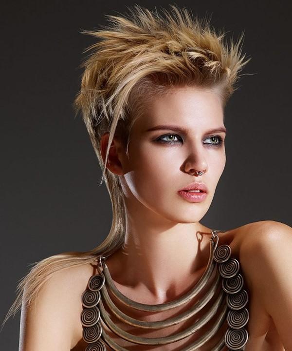 Vokuhila Frisur – die Retro Frisur bleibt auch 2021 hoch im Trend pullet pixie mullet