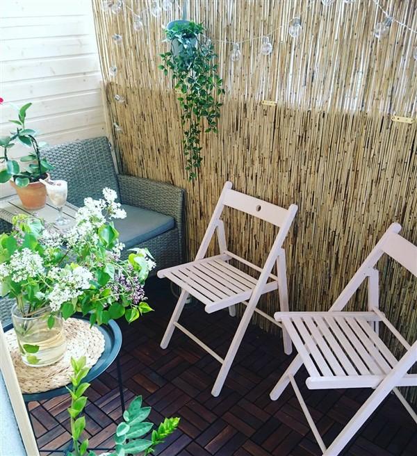 balkon sichtschutz ideen kleiner balkon lichterkette pflanzen