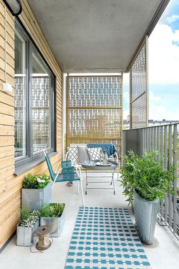 balkon sichtschutz ideen stilvolle idee pflanzen frische stoffmuster