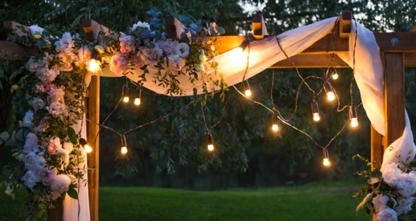 garten gestalten ideen garten beleuchten lichterketten