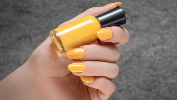 gelbe nagel trendsä