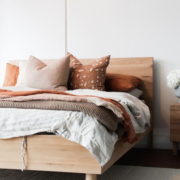 holzbett naturholz gesunder schlaf