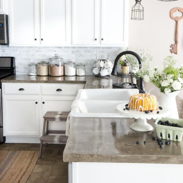 küche fliesenspiegel küche einrichten große arbeitsoberfläche