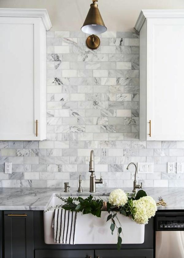 küche fliesenspiegel marmoroptik stilvolle küche