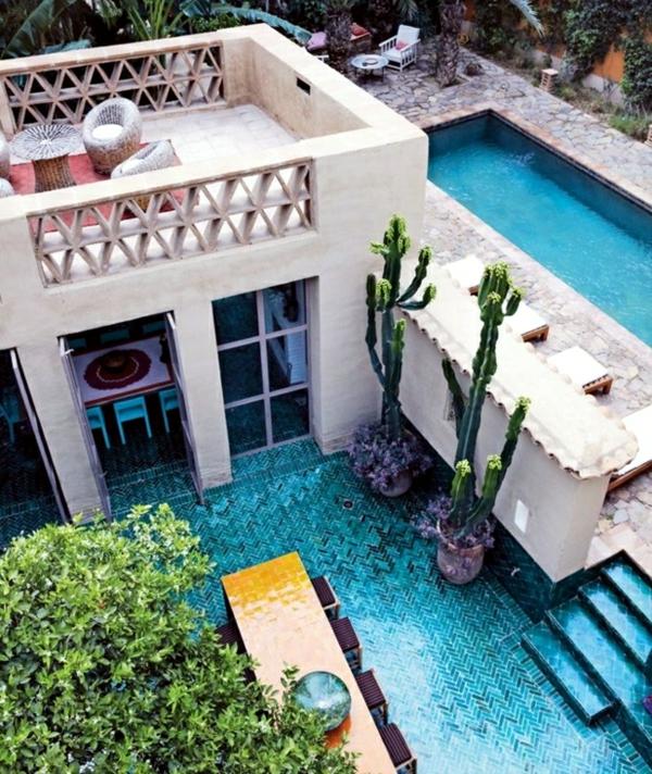 moderner garten mit pool schmaler pool hinterhof ideen garten gestalten