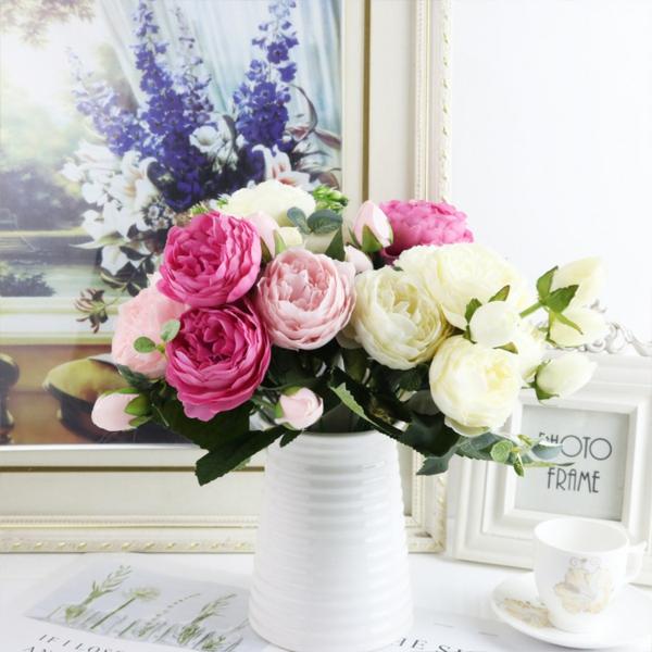 pfingstrosen in der vase schöner blumenstraiß wohnung dekoideen