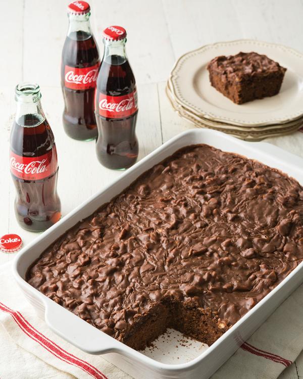 schokoladenkuchen mit cola backen