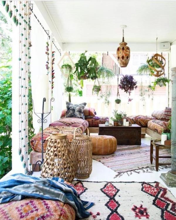 terrasse dekorieren boho stil farbenfrohe gestaltung
