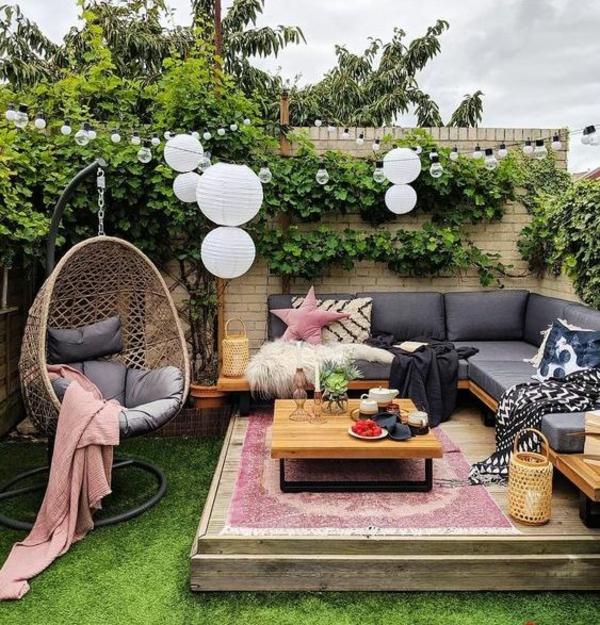 terrasse dekorieren frische stimmung schöne stunden im freien verbringen