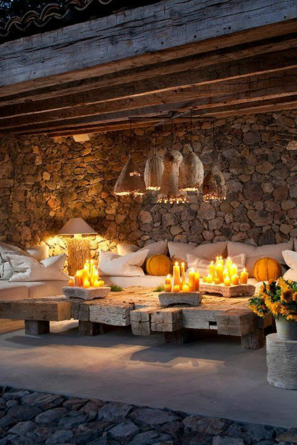 terrasse dekorieren gemütlich romantisch viele kerzen
