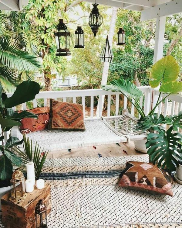 terrasse dekorieren kreative ideen viele pflanzen