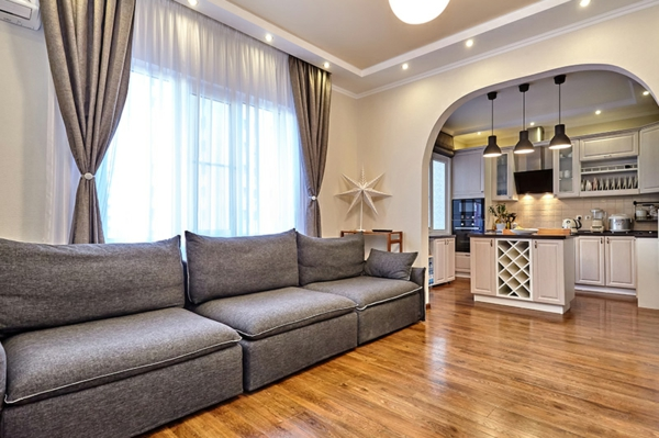 wohnküche einrichten wohnzimmer küche kombiniert optisch gegliedert