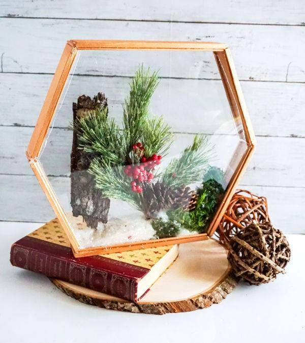 Basteln zum Herbst mit Naturmaterialien aus dem Garten oder Park diorama rahmen shadow box