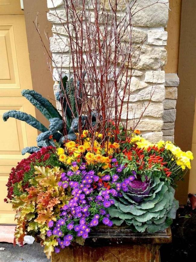 Einen märchenhaften Herbstgarten gestalten – farbenfrohe Ideen und Tipps blumen arrangements vasen
