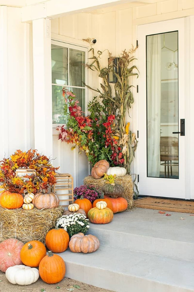 Einen märchenhaften Herbstgarten gestalten – farbenfrohe Ideen und Tipps eingangsbereich kürbis deko