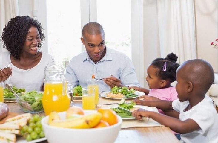 Glückliche Familie Abnehmen ohne Diät
