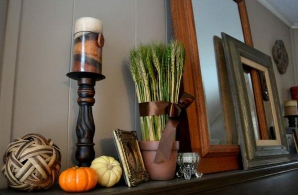 Herbstdeko-Ideen Gras Ziergräser dekorative Kürbisse Kerzen