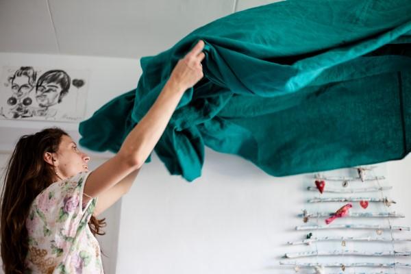 Herbstputz im Heim und Garten – natürliche Putzmittel und Checkliste bett machen bezüge waschen