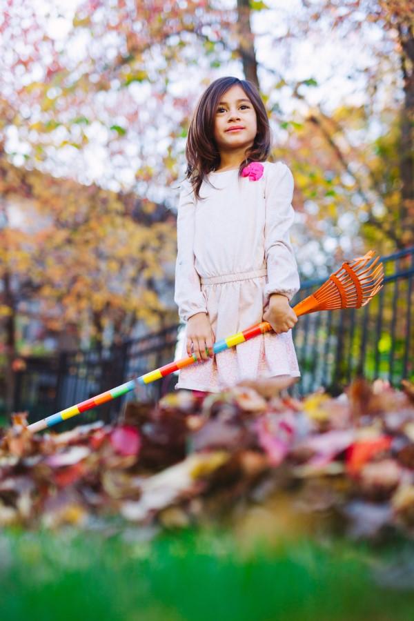 Herbstputz im Heim und Garten – natürliche Putzmittel und Checkliste kinder helfen beim putzen