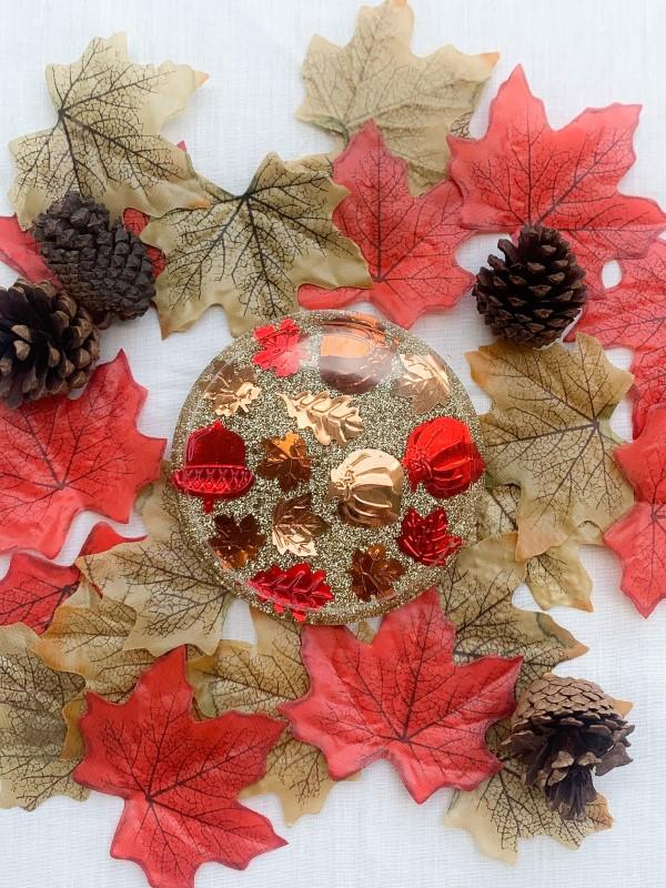 Mit Epoxidharz basteln zum Herbst – Ideen und Anleitungen für Schmuck und Deko herbstdeko einfach glitter