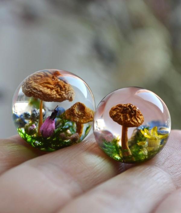 Mit Epoxidharz basteln zum Herbst – Ideen und Anleitungen für Schmuck und Deko pilze feengarten mini