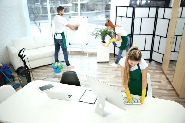 Office Gebäude pflegen - Trends