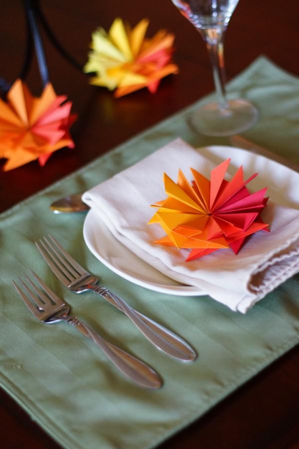 Origami Herbst Deko selber machen – Ideen und Anleitung nach japanischer Art tischdeko blumen blätter