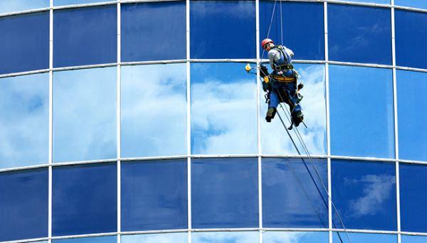 Reinigen Tipps Fensterfassaden sauber machen