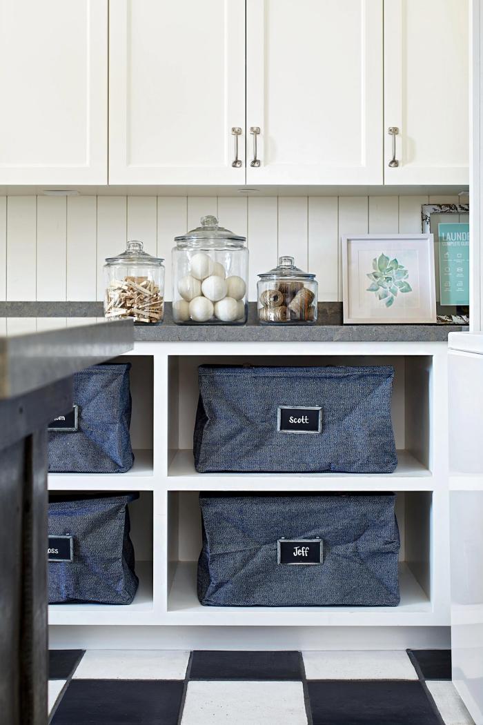 Waschküche Körbe Gläser Schränke mehr Stauraum schaffen leichter einfacher arbeiten