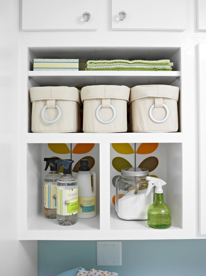 Waschküche Stauraum schaffen Körbe Gläser Schränke egale ein absolutes Muss