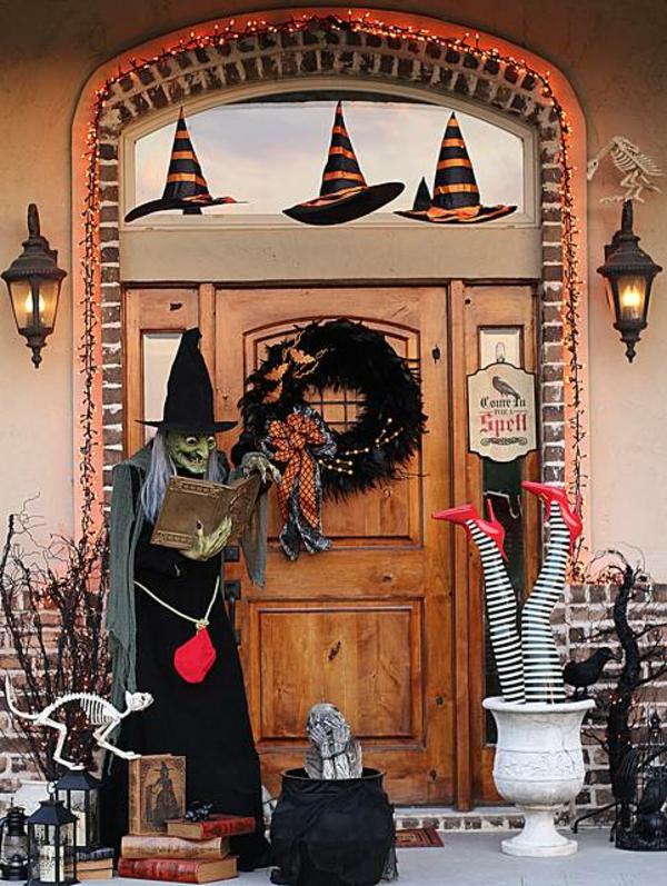 halloween türdeko gruselige deko eingang halloween stimmung schaffen