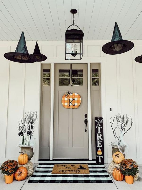 halloween türdeko kürbis originelle dekoideen einladender eingang