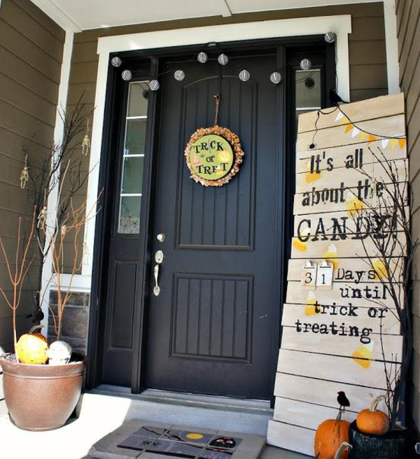 halloween türdeko lustige dekoideen frische festliche stimmung schaffen